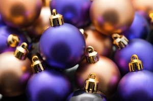 purple and gold xmas baubles